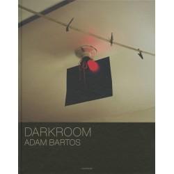 Kniha: Adam Bartos – Darkroom